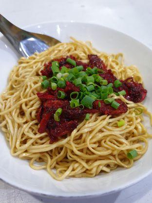 Foto 3 - Makanan di Bakmie Halleluya oleh Ken @bigtummy_culinary