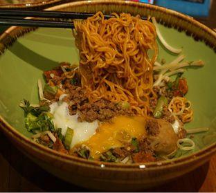 Foto 1 - Makanan di NamNam Noodle Bar oleh Belly Culinary
