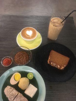 Foto 7 - Makanan di Kaffeine Kline oleh Prido ZH
