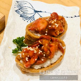 Foto 2 - Makanan(INARI CHUKA IDAKO SALAD) di Sushi Hiro oleh Sienna Paramitha
