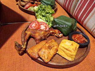 Foto review Geulis The Authentic Bandung Restaurant oleh Devi Renat 3