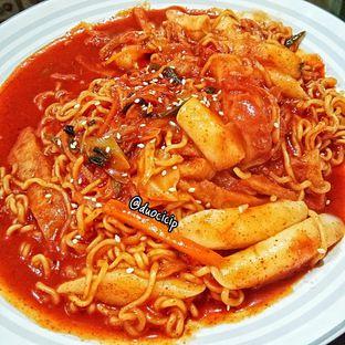 Foto 4 - Makanan(Ra-Bokki) di Warung Korea Pop oleh felita [@duocicip]