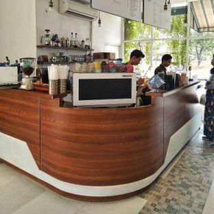 Foto review 404 Eatery & Coffee oleh Luthfizar Hilmandio Akbar 6