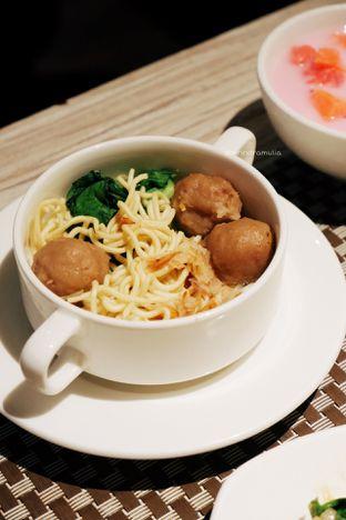 Foto 6 - Makanan di Clovia - Mercure Jakarta Sabang oleh Indra Mulia