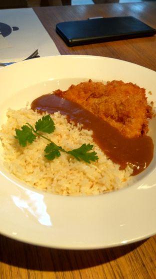Foto 1 - Makanan(Chicken Katsu Curry (IDR 85k) ) di Go! Curry oleh Renodaneswara @caesarinodswr