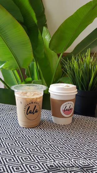 Foto 1 - Makanan di Lala Coffee & Donuts oleh UrsAndNic