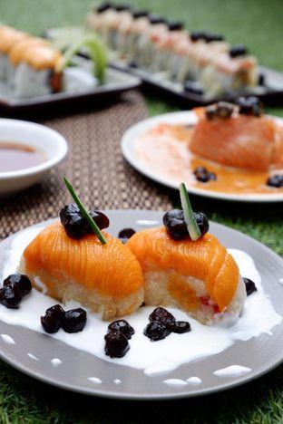 Foto 1 - Makanan di Baiza Sushi oleh yudistira ishak abrar
