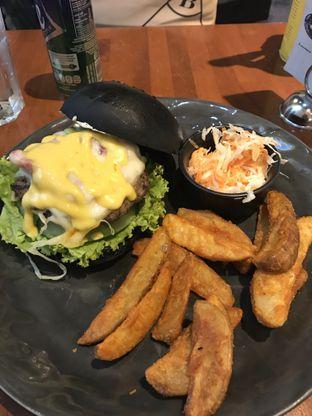 Foto 3 - Makanan di Blacklisted oleh Foodies Story