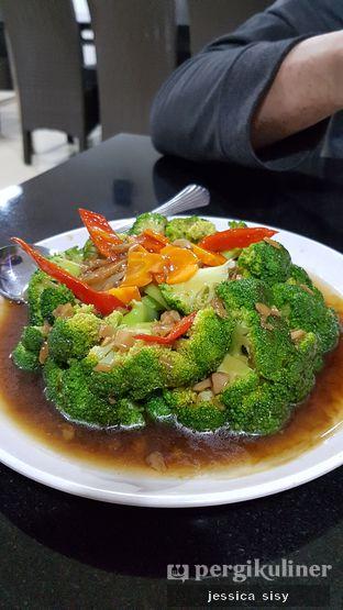 Foto 1 - Makanan(brokoli saos tiram) di Sari Laut Ujung Pandang oleh Jessica Sisy