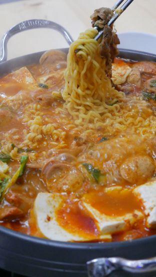 Foto 2 - Makanan di Noodle King oleh Olivia @foodsid