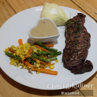 Foto 3 - Makanan di Double U Steak by Chef Widhi oleh Darsehsri Handayani