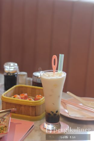Foto review Wan23 oleh Selfi Tan 6