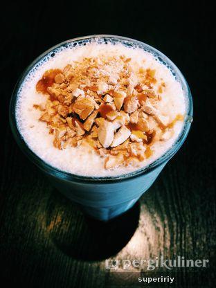 Foto 1 - Makanan(salted caramel ice blend) di Liberica Coffee oleh @supeririy