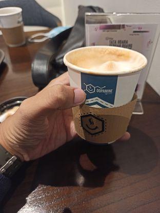 Foto 1 - Makanan(Cappucino) di Dopamine Coffee & Tea oleh Rachmat Kartono