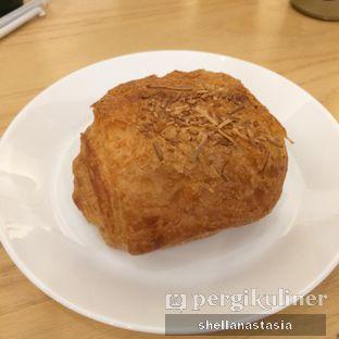Foto 5 - Makanan(Cheese Croissant) di Bhumi Coffee oleh Shella Anastasia