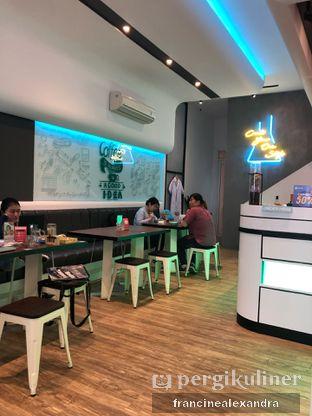 Foto 12 - Interior di Lab Cafe oleh Francine Alexandra