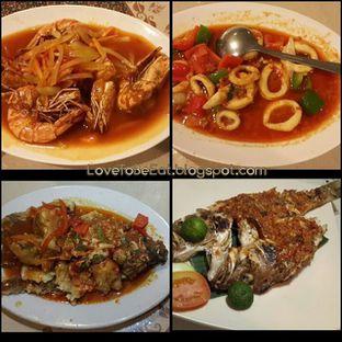 Foto 1 - Makanan di Bale Bengong Seafood oleh carolineadenan