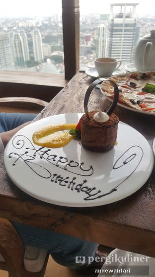 Foto 3 - Makanan di Scenic 180° (Restaurant, Bar & Lounge) oleh Annisa Nurul Dewantari