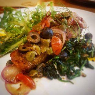 Foto - Makanan(Branzino Alla Mediterranea) di Trattoria oleh Eric  @ericfoodreview