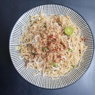 Foto 1 - Makanan di Bakmi Kohon Toboali oleh Naomi Suryabudhi