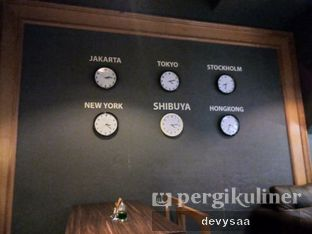 Foto 5 - Interior di Shibuya Cafe oleh Slimybelly
