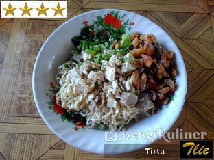 Foto 1 - Makanan di Bakmi Hau Hau oleh Tirta Lie