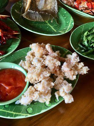 Foto 6 - Makanan di Gubug Udang Situ Cibubur oleh Prido ZH