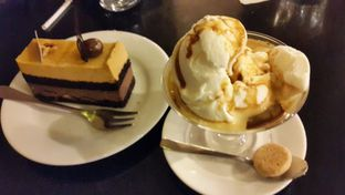 Foto 1 - Makanan(Le Caramel + Affogato) di Noah's Barn oleh JSL story instagram : johan_yue