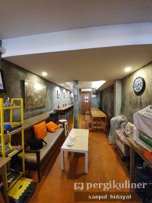 Foto 5 - Interior di 9 Cups Coffee oleh Saepul Hidayat