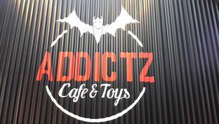 Foto 3 - Interior di Addictz Cafe & Toys oleh dimasdjoko