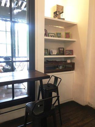 Foto 12 - Interior di Tuang Coffee oleh Prido ZH