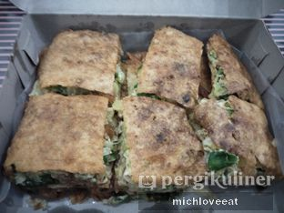 Foto 4 - Makanan di Martabak Sinar Bulan oleh Mich Love Eat