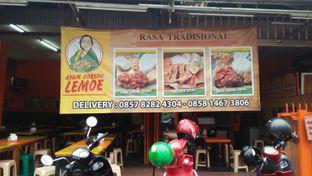Foto 1 - Eksterior di Ayam Goreng Lemoe oleh Review Dika & Opik (@go2dika)