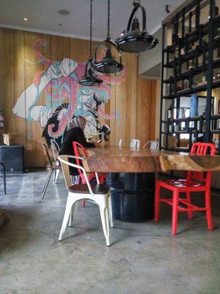 Foto 4 - Interior di Two Cents oleh Fadhlur Rohman