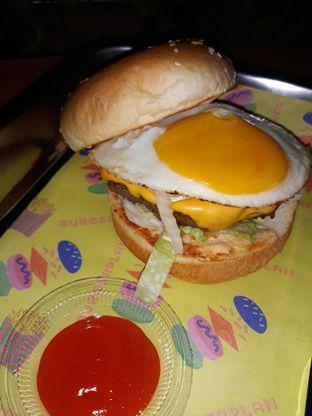 Foto 1 - Makanan di Burger Plan oleh Mouthgasm.jkt