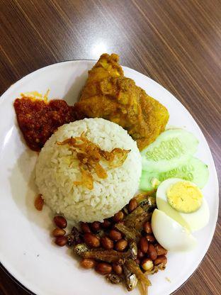 Foto 1 - Makanan di Bugis Kopitiam oleh Astrid Huang | @biteandbrew