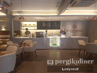 Foto 8 - Interior di Hiveworks Co-Work & Cafe oleh Ladyonaf @placetogoandeat