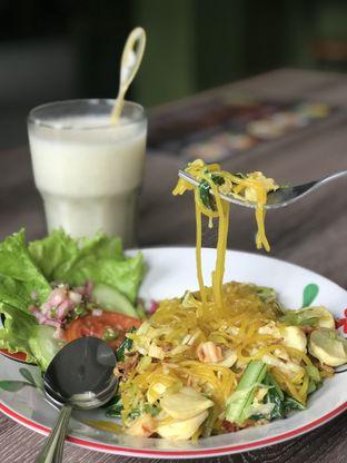 Foto 3 - Makanan(Mie Glosor Oriental) di Warung Bogor oleh RI 347 | Rihana & Ismail