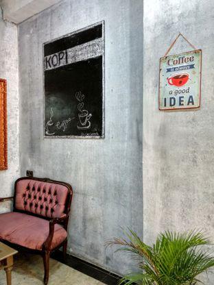 Foto 5 - Interior di Kopi Enak Indonesia oleh Ika Nurhayati