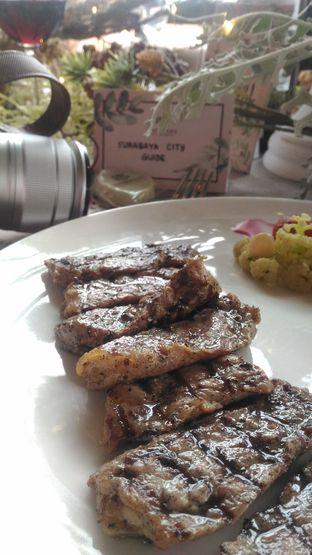 Foto 3 - Makanan di The Socialite Bistro & Lounge oleh Safirah Ishami