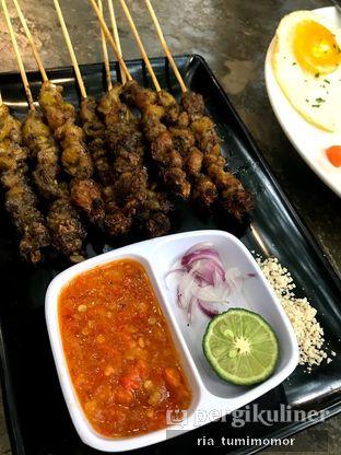Foto 3 - Makanan di Halaman Belakang oleh riamrt