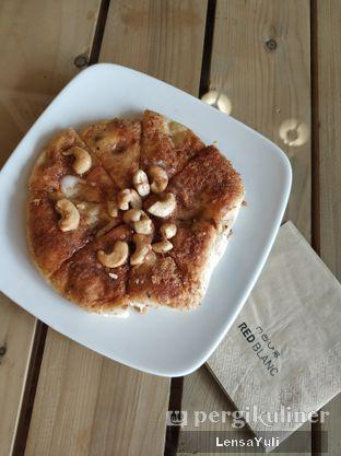 Foto 2 - Makanan di Red Blanc Coffee & Bakery oleh Yuli  Setyawan