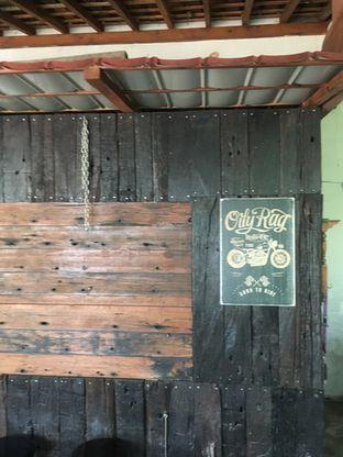 Foto 5 - Interior di Omah Kopi 78 oleh Prido ZH