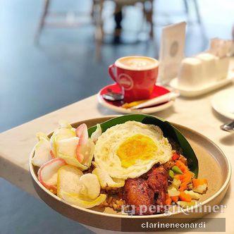Foto Makanan di Hello Sunday