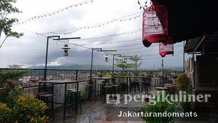 Foto review Tre Monti Sky Lounge - Agria Hotel oleh Jakartarandomeats 6
