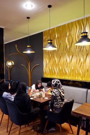 Foto 8 - Interior di The Gade Coffee & Gold oleh yudistira ishak abrar