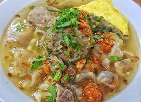 16 Tempat Makan di Bandung yang Cocok Dikunjungi Saat Musim Hujan