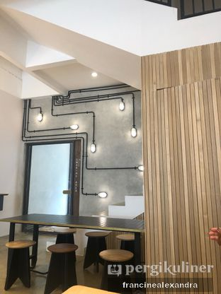 Foto 4 - Interior di Crematology Coffee Roasters oleh Francine Alexandra