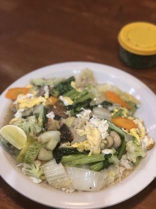 Foto 2 - Makanan di Bakmi Bintang Gading oleh Vionna & Tommy