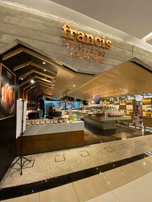Foto review Francis Artisan Bakery oleh Riani Rin 6